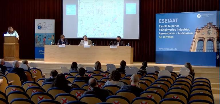 """Presentació del llibre """"La petita història de l'ESEIAAT (UPC-Terrassa) amb Pilarín Bayés"""